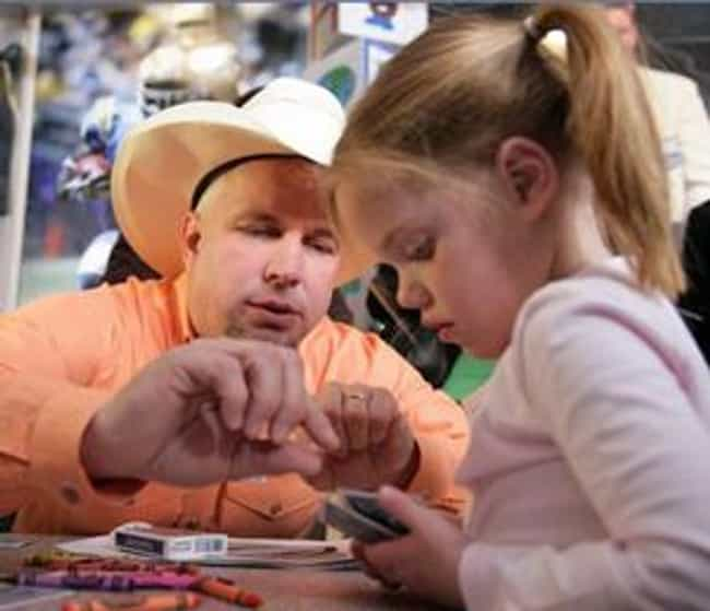 Garth Brooks is listed (or ranked) 4 on the list The Best Celebrity Parents of 2014