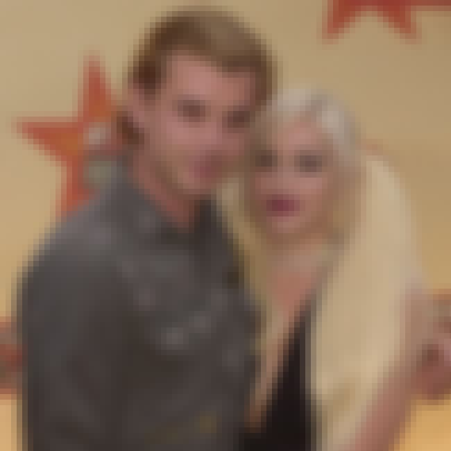 Gavin Rossdale is listed (or ranked) 2 on the list Gwen Stefani Loves And Hookups