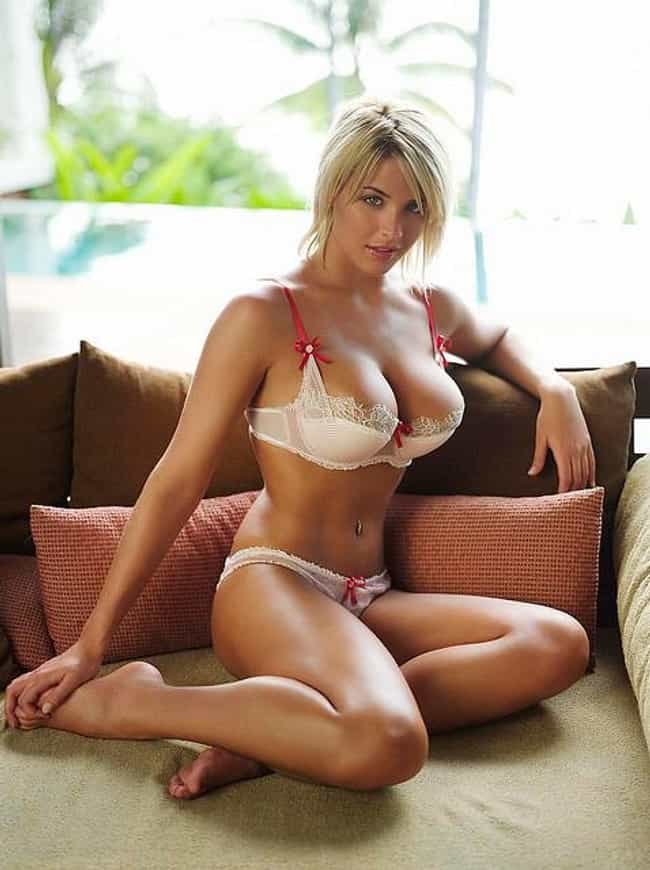 Gemma Atkinson is listed (or ranked) 2 on the list 15 Actresses Who Can Pull Off Red Monika