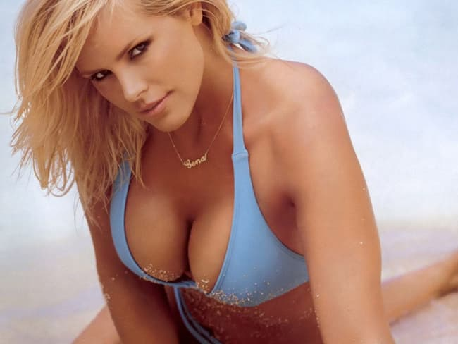 Gena Lee Nolin Is Listed Or Ranked 1 On The List The Hottest Hockey Photo Via Tumblr Cale Hulses Wife