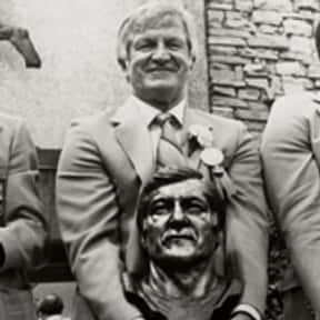 George Blanda is listed (or ranked) 8 on the list The Best NFL Buys for the Money