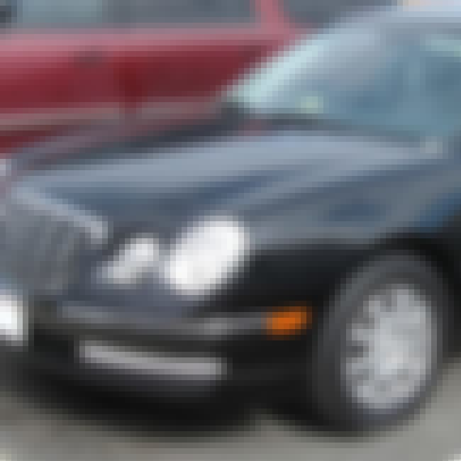 2007 Kia Amanti is listed (or ranked) 4 on the list List of Popular Kia Amantis