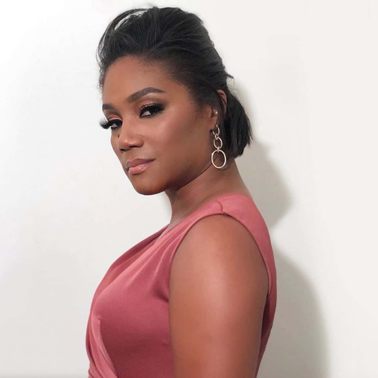 Tiffany Haddish is listed (or ranked) 3 on the list All The Celebrities Supporting Cory Booker