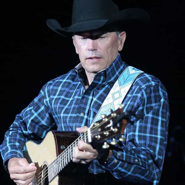 George Strait is listed (or ranked) 4 on the list Country Singers with College Degrees