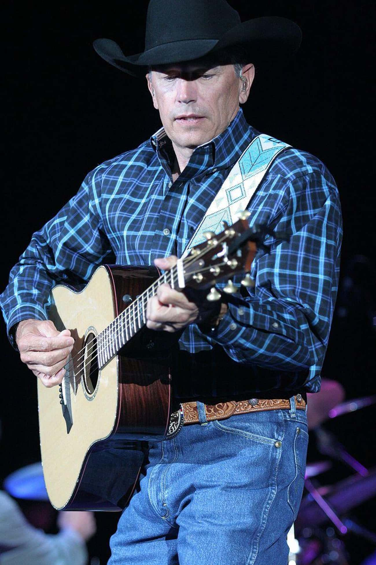 George Strait is listed (or ranked) 4 on the list Country Singers Who Were in the Military