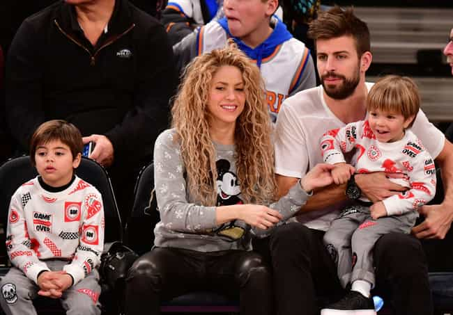 Gerard Piqué is listed (or ranked) 1 on the list Shakira Loves and Hookups