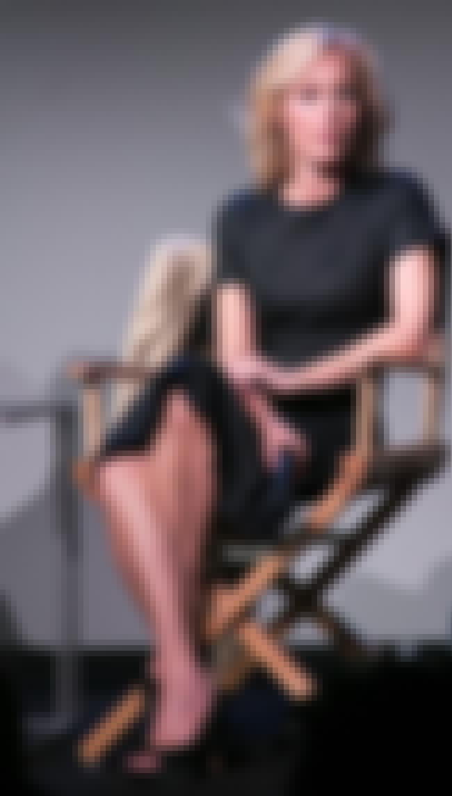Gillian Anderson is listed (or ranked) 3 on the list The Best Celebrity Double Crossed Legs