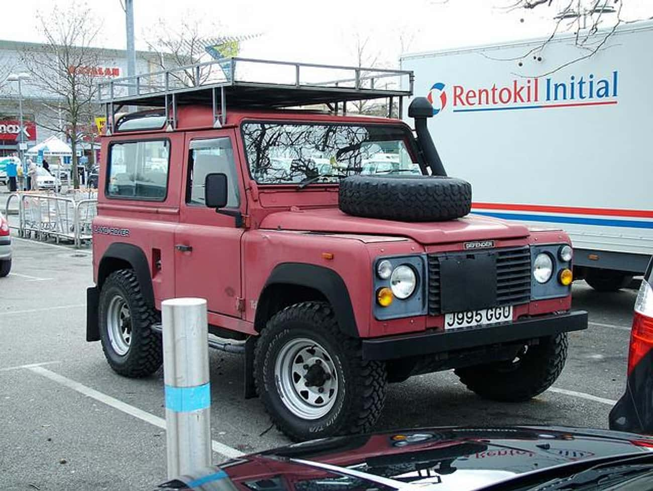 1993 Land Rover Defender 110 S is listed (or ranked) 2 on the list The Best Land Rover Defenders of All Time