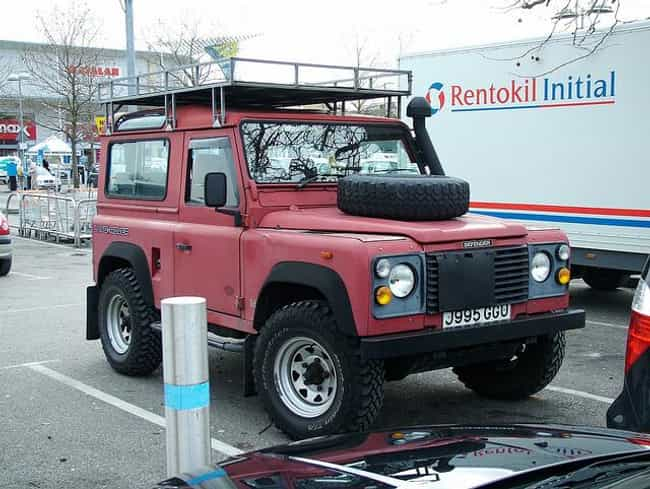 1993 Land Rover Defender 110 S... is listed (or ranked) 2 on the list The Best Land Rover Defenders of All Time
