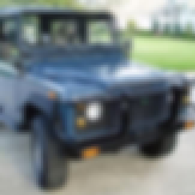 1994 Land Rover Defender 90 is listed (or ranked) 1 on the list The Best Land Rover Defenders of All Time