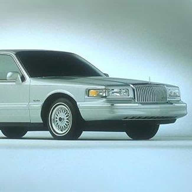 1997 Lincoln Town Car is listed (or ranked) 1 on the list The Best Lincoln Town Cars of All Time