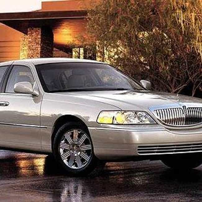 2007 Lincoln Town Car is listed (or ranked) 2 on the list The Best Lincoln Town Cars of All Time