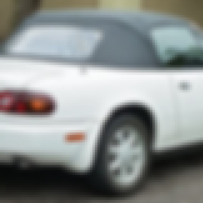 1993 Mazda MX-5 is listed (or ranked) 4 on the list List of Popular Mazda Convertibles