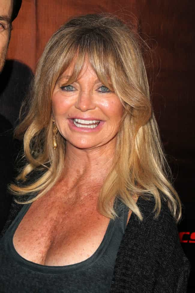 Goldie Hawn is listed (or ranked) 1 on the list Celebrities Who Live In Palm Springs