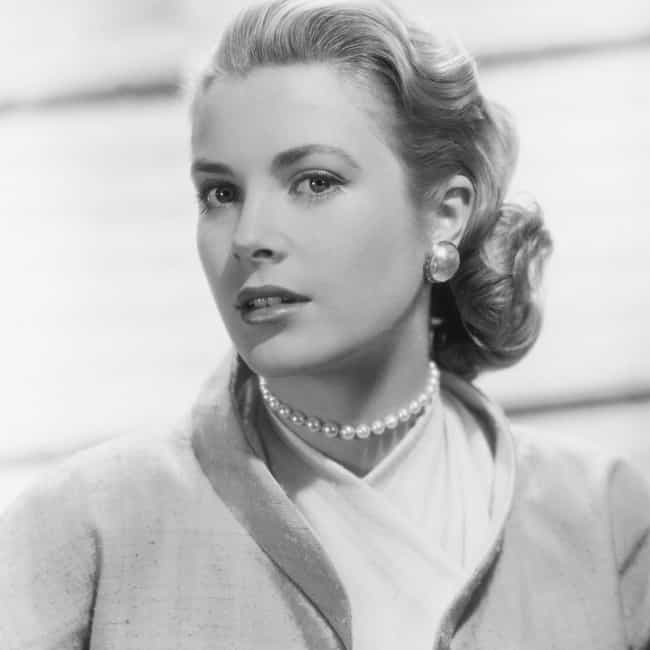 Grace Kelly is listed (or ranked) 6 on the list 22 Famous Actresses of the 1950s