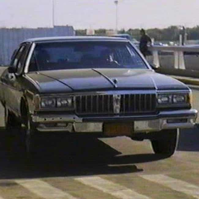 1986 Pontiac Bonneville ... is listed (or ranked) 3 on the list List of Popular Pontiac Bonnevilles