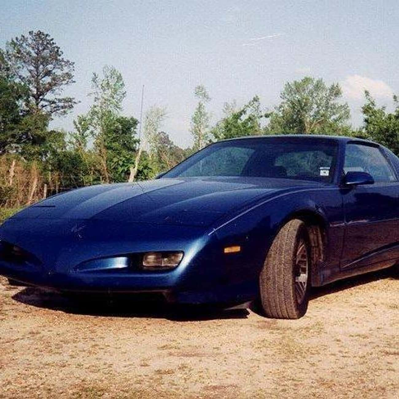 1991 Pontiac Firebird is listed (or ranked) 4 on the list List of 1991 Pontiacs
