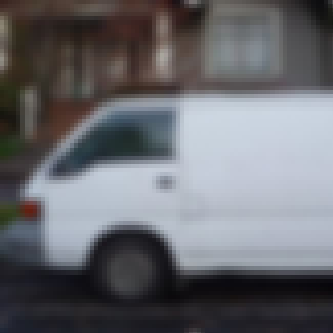 1987 Mitsubishi Van is listed (or ranked) 1 on the list List of Popular Mitsubishi Vans
