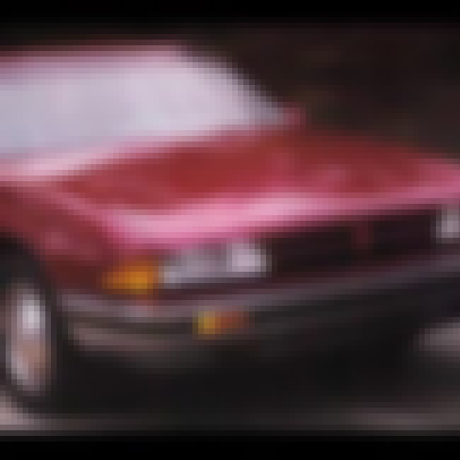 1987 Pontiac Bonneville is listed (or ranked) 4 on the list List of Popular Pontiac Bonnevilles