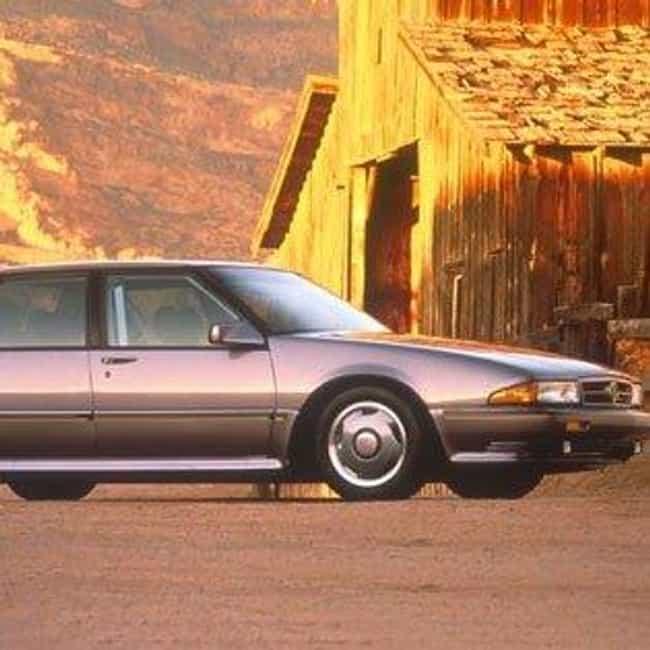 1990 Pontiac Bonneville ... is listed (or ranked) 3 on the list List of 1990 Pontiacs