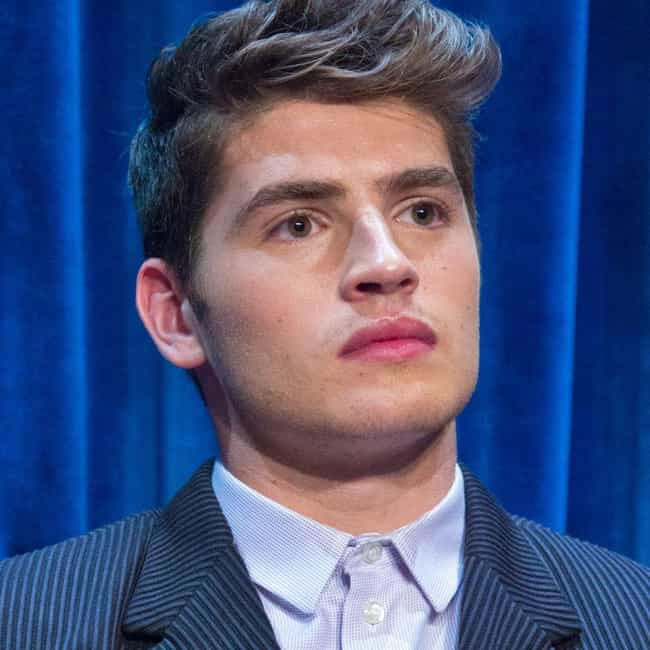 Gregg Sulkin is listed (or ranked) 3 on the list Britt Robertson Loves and Hookups