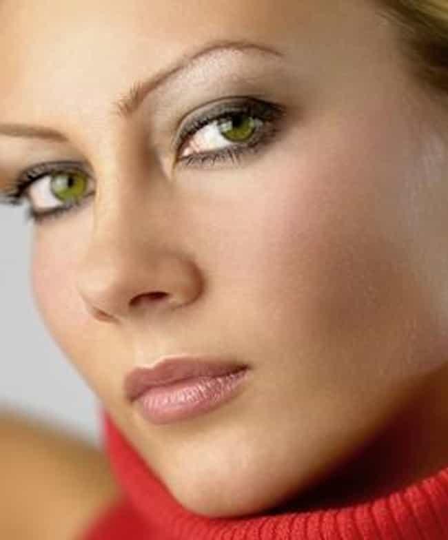 Best Eyeshadow for Green Eyes | List of Best Green Eye Eyeshadow ...