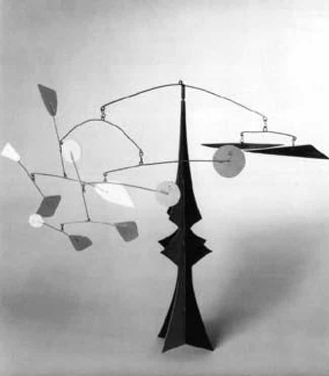 Mobile-Stabile is listed (or ranked) 4 on the list Famous Alexander Calder Sculptures