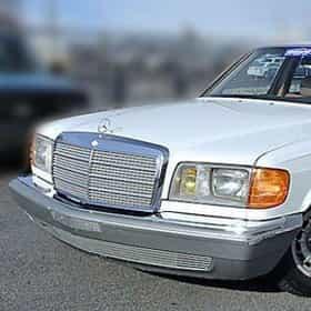 1985 Mercedes-Benz S-Class 500SEL Sedan