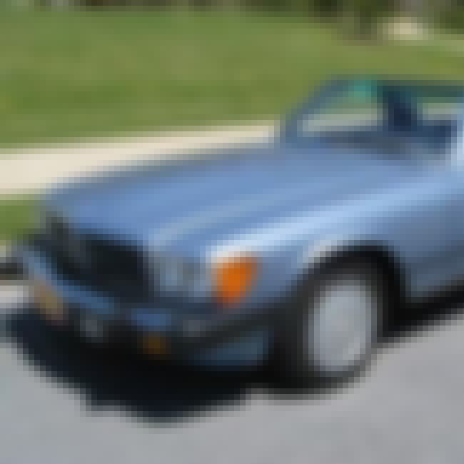 1988 Mercedes-Benz SL-Class is listed (or ranked) 3 on the list List of Popular Mercedes-Benz 560SL Roadsters