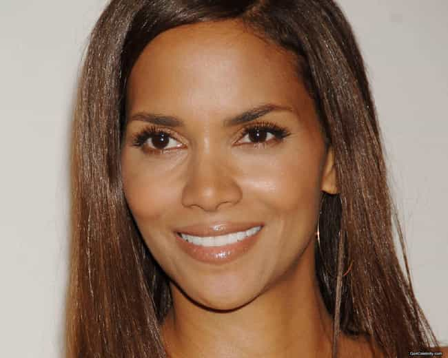Halle Berry is listed (or ranked) 4 on the list Famous People of Irish Descent