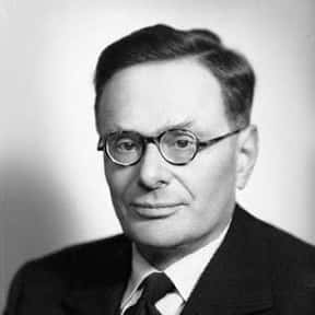 Hans Adolf Krebs is listed (or ranked) 25 on the list Famous People Named Hans