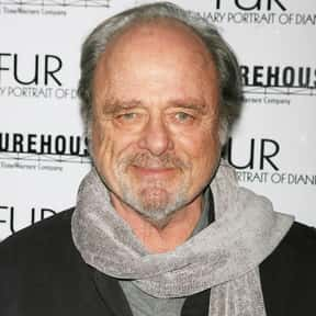 Harris Yulin is listed (or ranked) 11 on the list Full Cast of Training Day Actors/Actresses