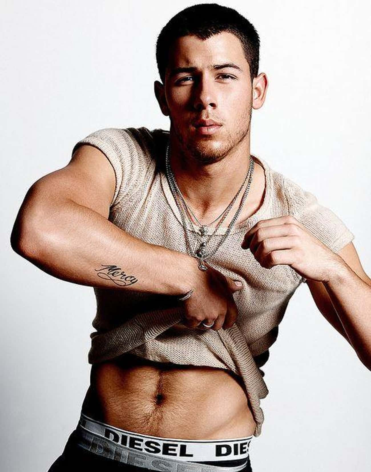 Nick Jonas is listed (or ranked) 4 on the list The Hottest Male Singers
