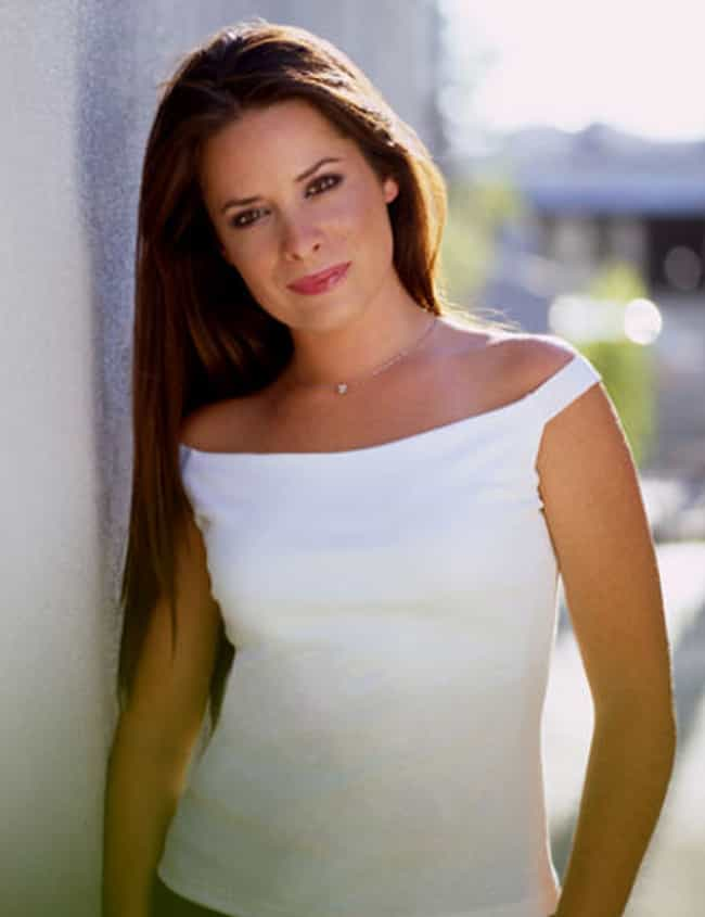 Holly Marie Combs is listed (or ranked) 4 on the list Famous Friends of Bruce Willis