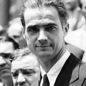 Howard Hughes is listed (or ranked) 9 on the list List of Famous Investors