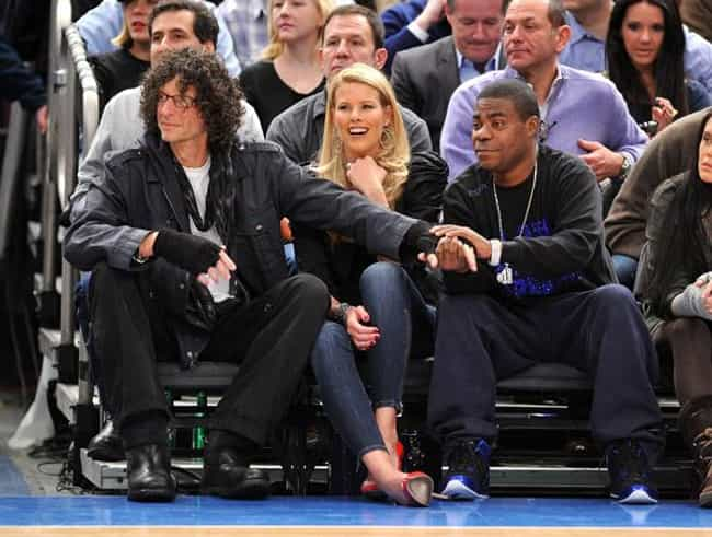 Howard Stern is listed (or ranked) 4 on the list Celebrity Knicks Fans