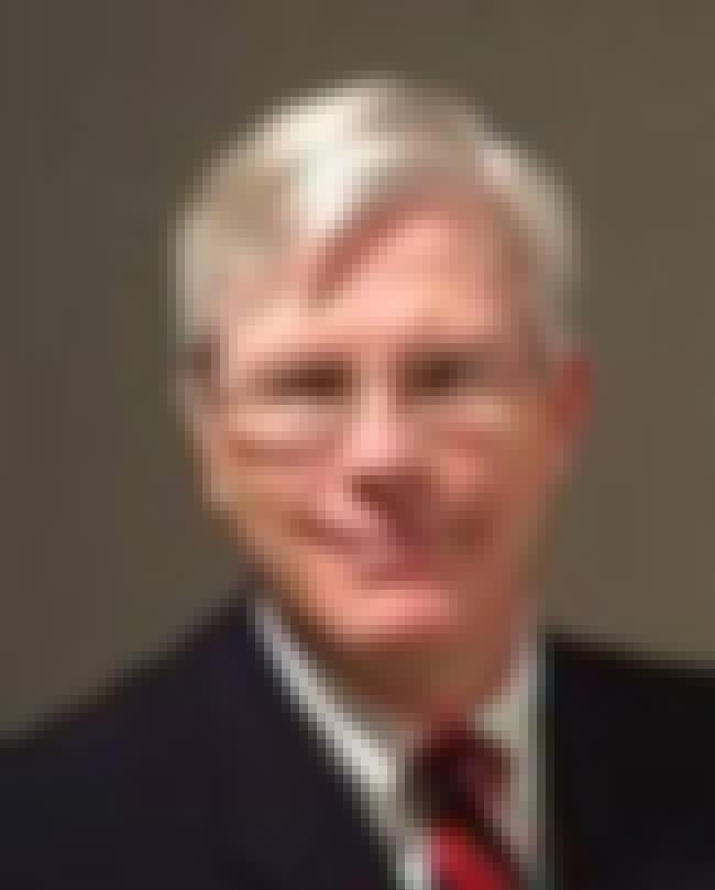 Hugh Hewitt is listed (or ranked) 4 on the list List of Famous Law Professors