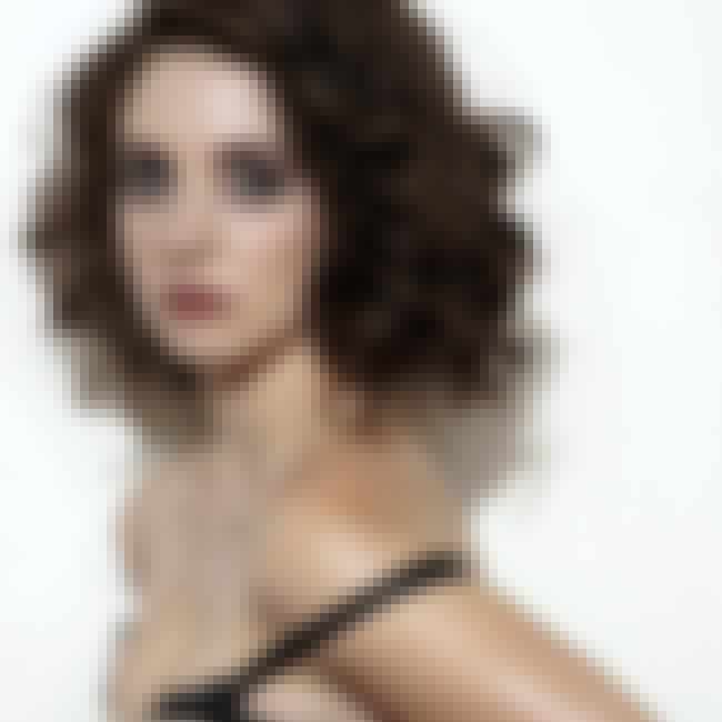 Alison Brie is listed (or ranked) 4 on the list The 25 Hottest Girls from Primetime Television