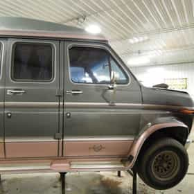 1990 Ford E150 Van 2WD