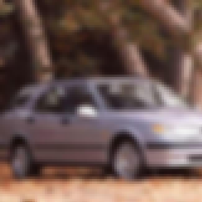 2000 Saab 9-5 Station Wagon is listed (or ranked) 3 on the list List of Popular Saab 9-5s