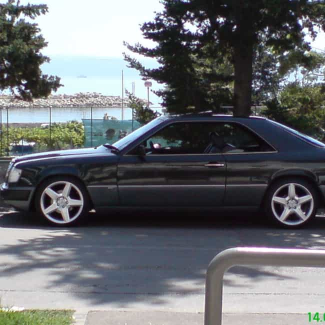 1990 Mercedes-Benz E-Cla... is listed (or ranked) 2 on the list List of 1990 Mercedes-Benzs