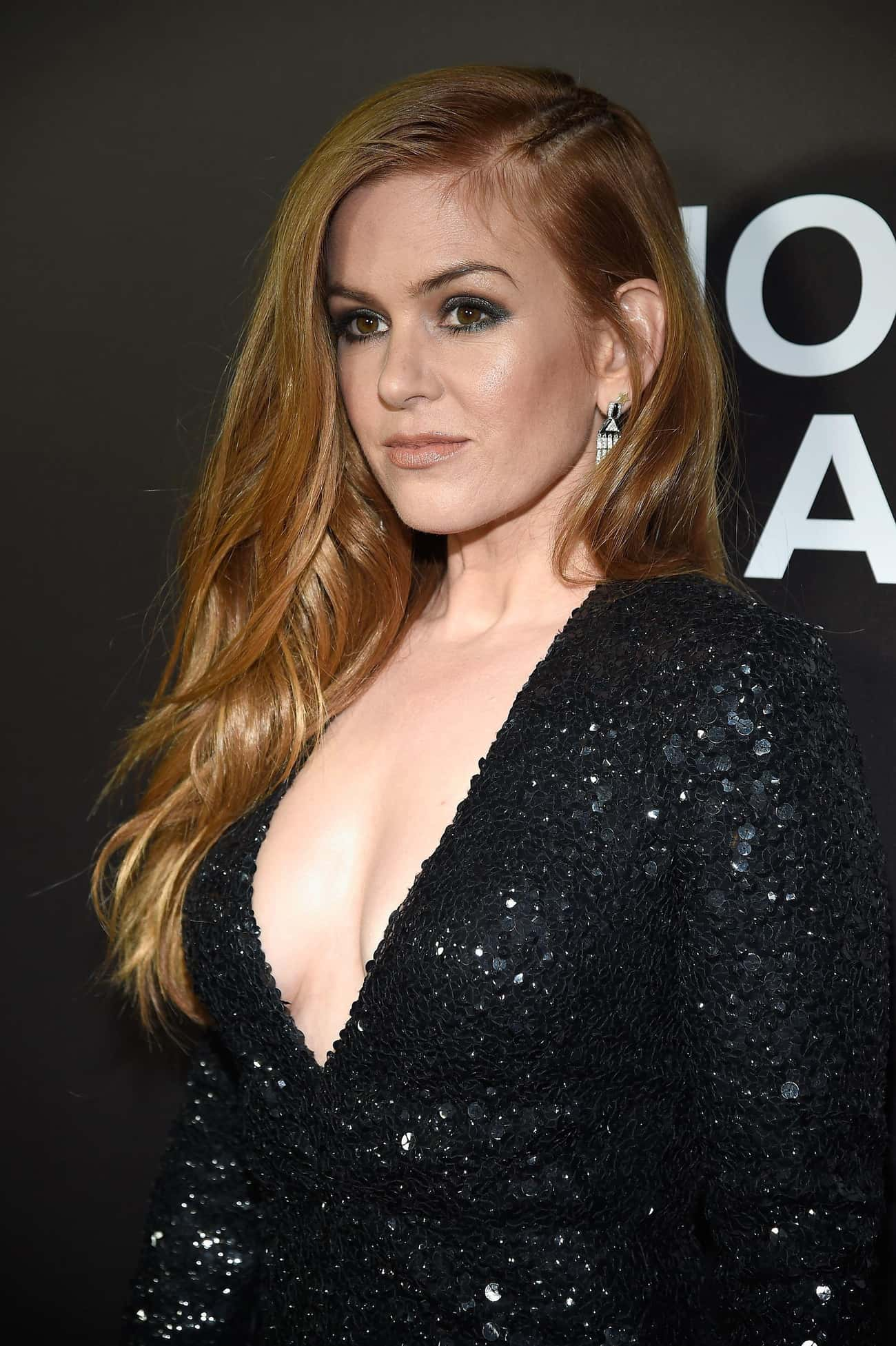 """Isla Fisher is listed (or ranked) 4 on the list Female Celebrities Who Are 5'2"""""""