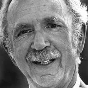 Jack Albertson is listed (or ranked) 4 on the list Full Cast of Kissin' Cousins Actors/Actresses
