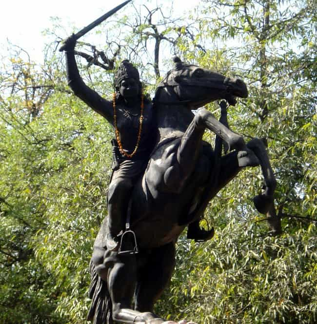 Jhalkaribai is listed (or ranked) 3 on the list The Coolest Statues And Monuments Dedicated To Female Warriors
