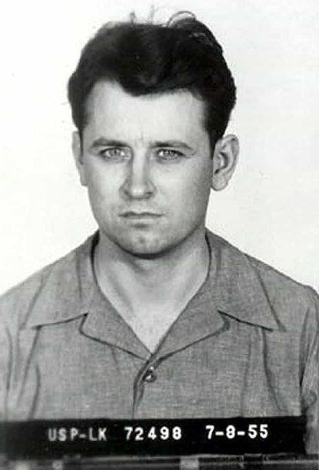 James Earl Ray is listed (or ranked) 2 on the list Famous Prisoners at Leavenworth Federal Penitentiary