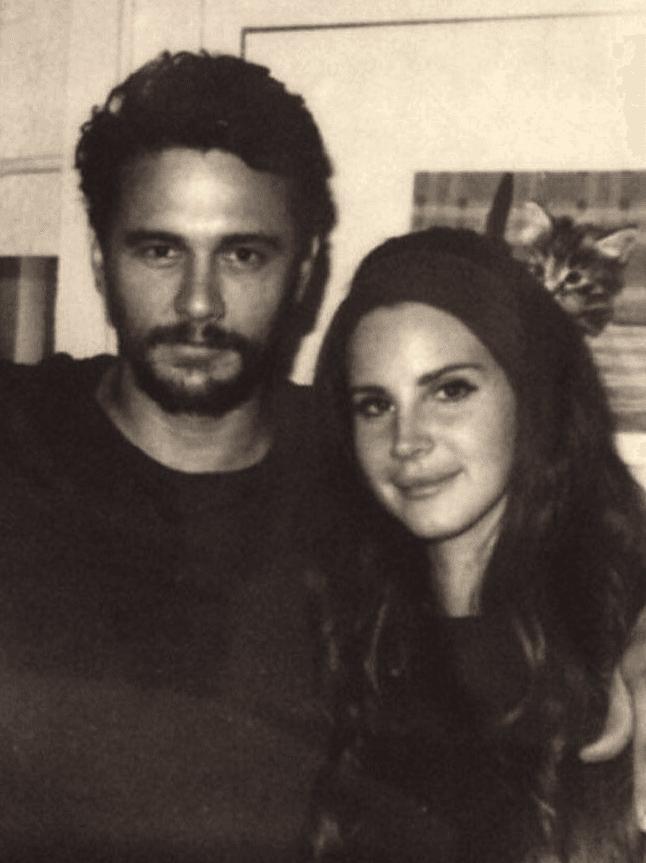 som är Lana del Rey dating nu