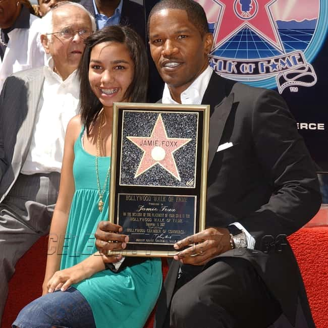 Jamie Foxx is listed (or ranked) 7 on the list 26 Famous Single Dads