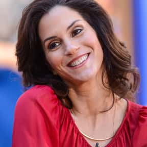 Jami Gertz is listed (or ranked) 8 on the list Full Cast of Jersey Girl Actors/Actresses