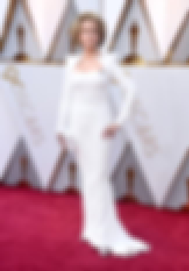 Jane Fonda is listed (or ranked) 4 on the list Best Dressed Celebs At The 2018 Oscars