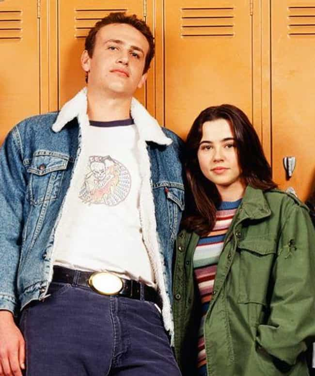 Jason Segel is listed (or ranked) 3 on the list Linda Cardellini Loves and Hookups